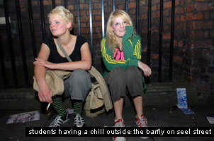 liverpool students chilling on seel street outside the barfly club